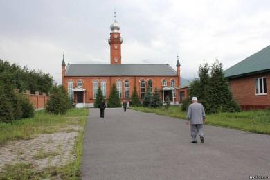 Мечеть в с. Ангушт