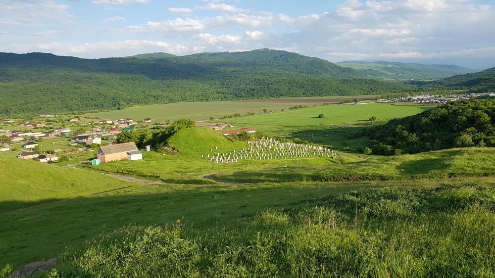 волках этого поселок алхасты фото примечателен